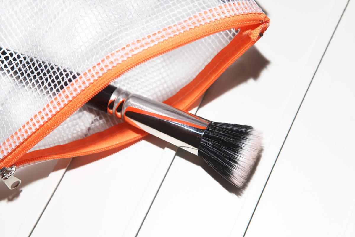 powder-paper-how-to-cremerouge-creamblush-stippling-brush-stinktierpinsel-2