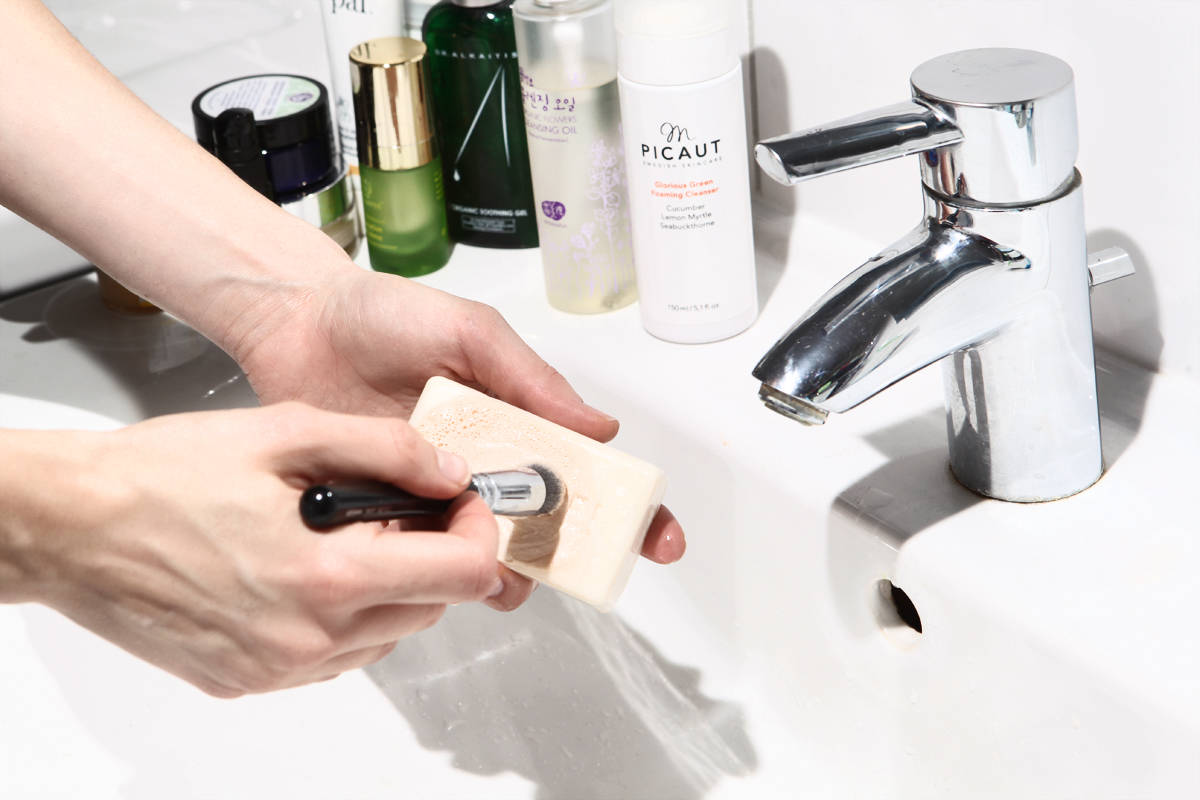 Make Up Pinsel Reinigen Tipps